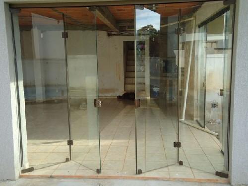 7928e66037 Porta sanfonada de vidro - Vidraçaria Ideal